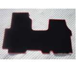 Renault Traffic van floor mats in black carpet with red piping